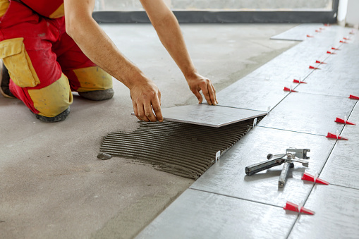 Tile laying Good Fundi