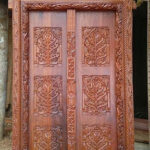 Arc Lamu Door